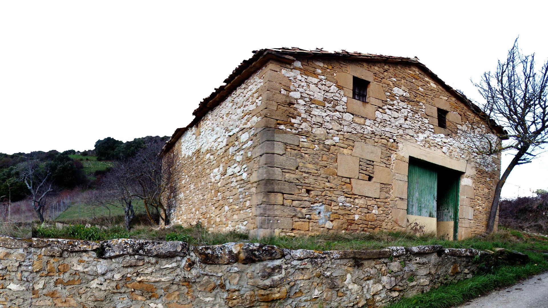 Casa eraul ping pong arquitectura - Casa de materiales ...